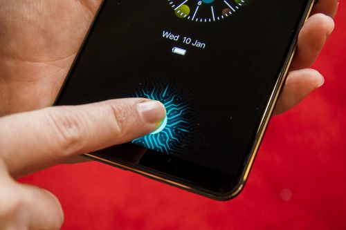 Upcoming smartphone trends to look out for in 2019