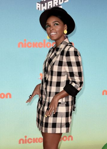 Janelle Monáe's Green Mascara Should Have Won a Kids' Choice Award