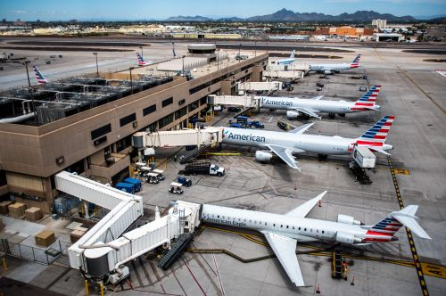 American Airlines employee at Phoenix airport dies from COVID-19. Here's what we know