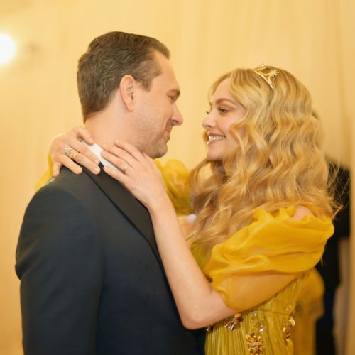 Amanda Seyfried and Thomas Sadoski Are All About PDA at the 2018 Met Gala