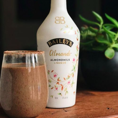 ATTENTION: Vegan Baileys is arriving in the UK this week