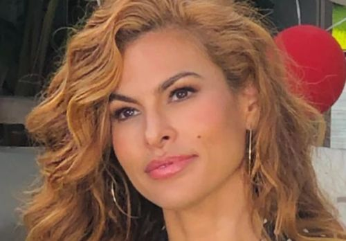 Eva Mendes Shares Shocking Photo Of 'Torturous' Skincare Treatment Known As Mono-Threading
