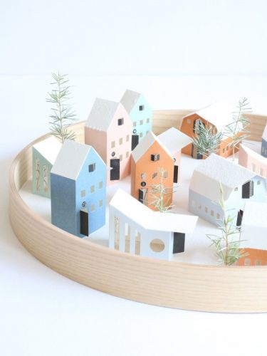 TINY PAPER HOUSES BY JURIANNE MATTER
