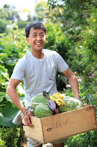 A food farm in the heart of Remuera: Take a tour of zero-waste gardener Peter Ng's garden oasis
