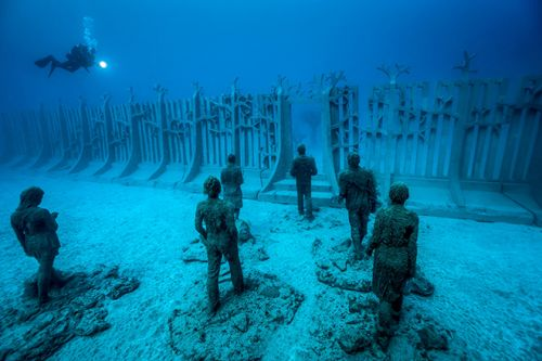 Art Collector Francois Ollandini, Curates Three Underwater Exhibitions