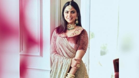 Isha Ambani in dreamy Sabyasachi lehenga turns into a royal princess. See pic