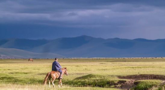 Hiking in Mongolia: An Epic 8-Day Adventure