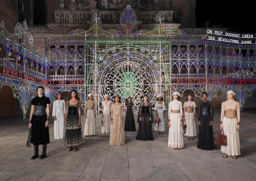 Dior Stages a Full-Out Fashion Show, Without the Audience, for Cruise 2021