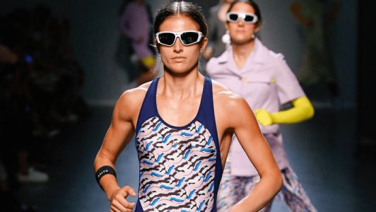 Models Power-Walking Down the Runway In Milan Is a Must-Watch