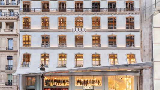 Dior opens a new Parisian boutique, Stella McCartney partners LVMH and more fashion news
