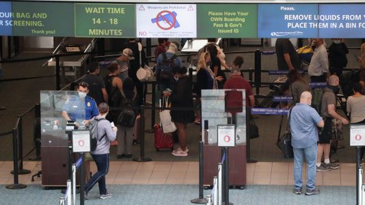 Traveling during coronavirus: How to get through airport security faster - and safer