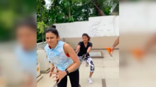 Rakul Preet exercises with Lakshmi Manchu in new workout video. Watch