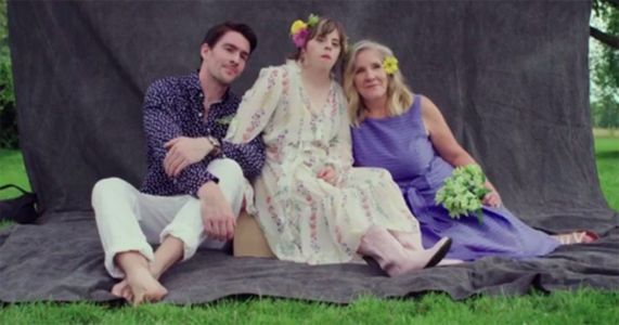 Model arranges a surprise photoshoot for his sister with Down's Syndrome
