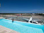 The airports around the world that have SWIMMING POOLS