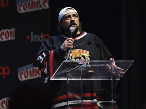 Kevin Smith says he'll donate residuals from Weinstein films to support female filmmakers