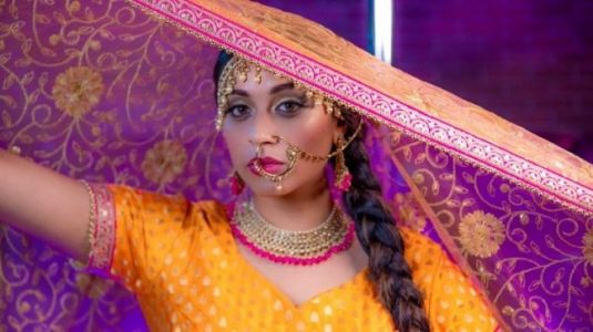 Lilly Singh drops new single on Bollywood songs and it talks about bisexuality. Watch video