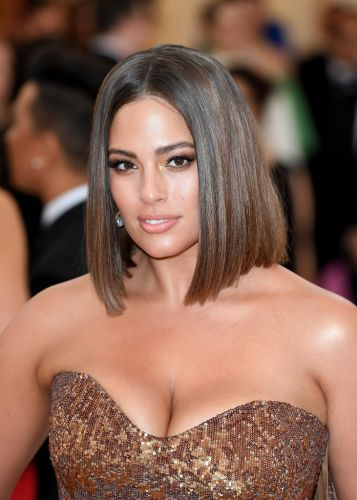 Ashley Graham Debuts Chic, Shoulder-Grazing Lob at 2018 Met Gala