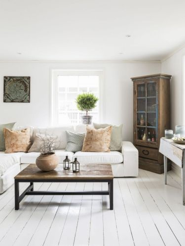 A SWEDISH SEASIDE HOME WITH CHARM AND CHARACTER