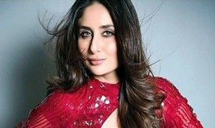Kareena Kapoor looks like she's all ready for Christmas in this red, hot dress
