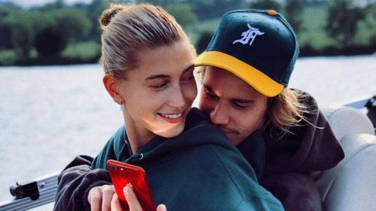 Justin Bieber and Hailey Baldwin get cosy in new photo. See here