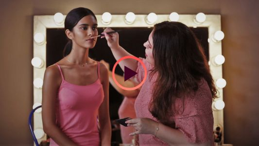 Beauty Lab Tutorial: Simple highlighter tricks for everyday glow