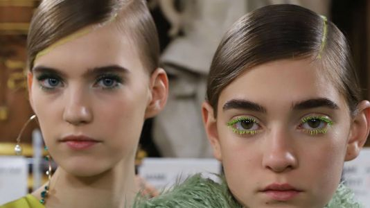 Blink, and You Could Have Missed the Coolest Hair Idea on the Paris Runways