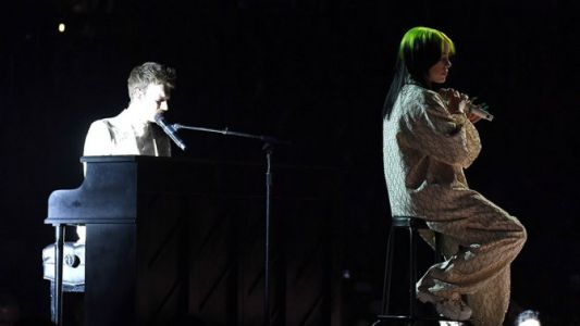 Billie Eilish & FINNEAS Were Sibling Goals During Their Grammys Performance & We're Crying