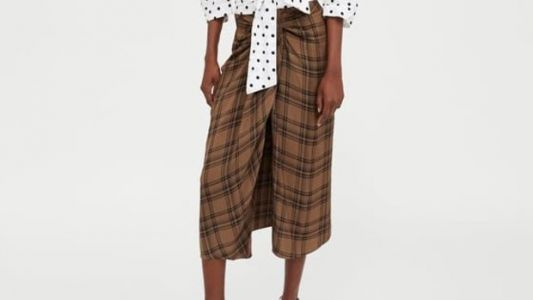 Zara Is Selling This Lungi Look-Alike For $90, And Brown Twitter Is Cackling