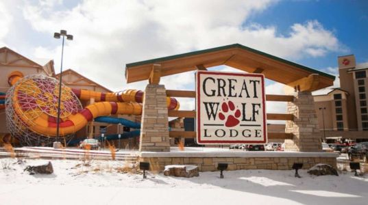 Great Wolf Lodge: Family Vacation in Colorado Springs