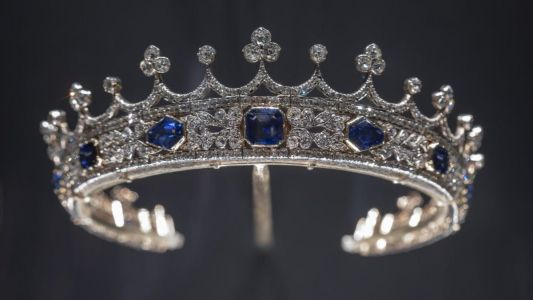 London's V&A jewellery gallery reopens with jewels from Queen Victoria to Beyonce