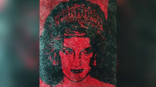 Princess Diana gets a portrait painted with HIV positive blood. This is why