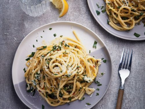 18 Fresh Spring Pasta Recipes To Start Enjoying Now