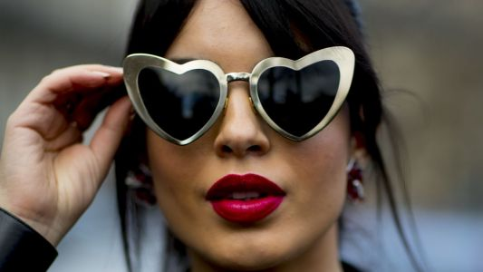 See the Best Beauty Street Style Snaps From Paris Fashion Week