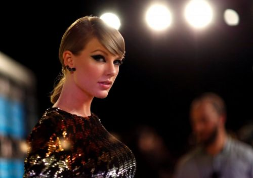 Taylor Swift typically stays out of politics. Now she's publicly supporting gun reform