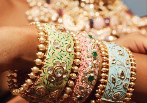 5 Indian jewellery labels that are turning the spotlight on Meenakari