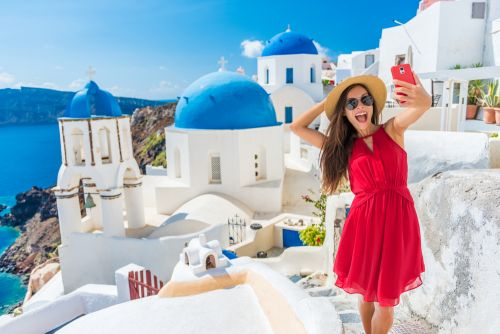 Travel trends 2019: Globetrotters from Gen Z believe in sacrificing stability for selfies