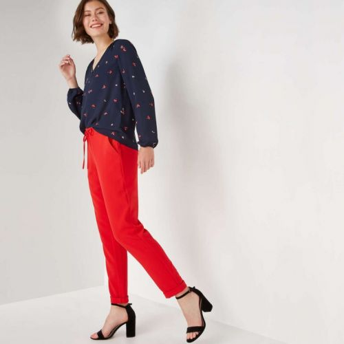 Comfy And Chic Pull-On Pants For All Your Holiday Feasting Requirements