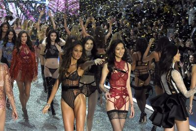 When and where is the Victoria's Secret Fashion show 2017 and which models will be there?