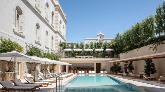 The best luxury hotels in Tel Aviv