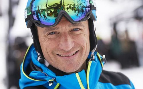 What's it like to break a world record? Ski Sunday presenter Graham Bell reveals all, plus his plans for this winter