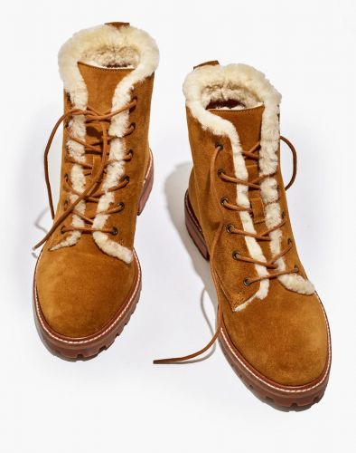 Oh Look, Another Pair of Boots Steph Wants to Add to Her Collection Before It Snows
