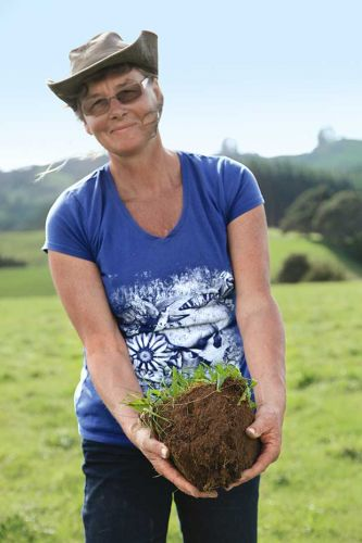 How organic farmer Bev Trowbridge super sized her soil with the micro-organism mycorrhizal fungi