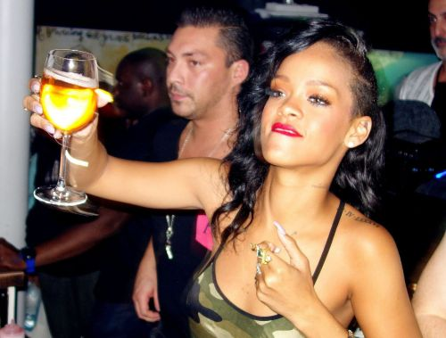 It looks like Rihanna will be releasing her own range of wine