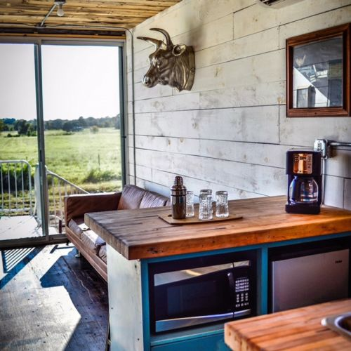 Container Hotel Joins Texas Lodging