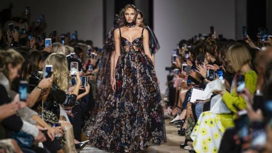 See Every Look from Elie Saab's Spring 2019 Collection