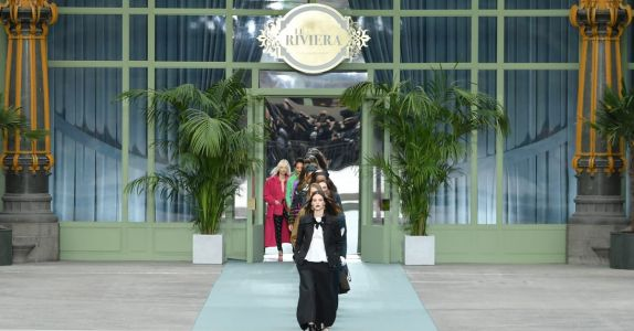 Virginie Viard Presents a Pared-Back Vision of Chanel for Her Debut Runway Show
