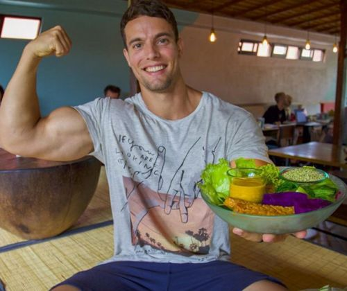 We trained with a vegan bodybuilder to see how to make gains on a plant-based diet