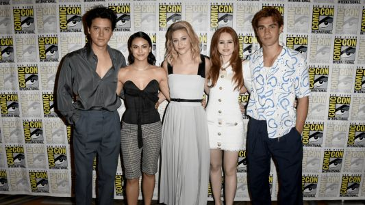 Celebs Gave Us a Lesson in Cool Summer Dressing at San Diego Comic-Con