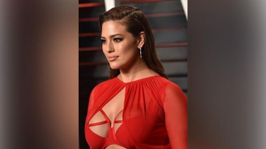 Plus-size model Ashley Graham snaps at people who commented on her swimsuit picture