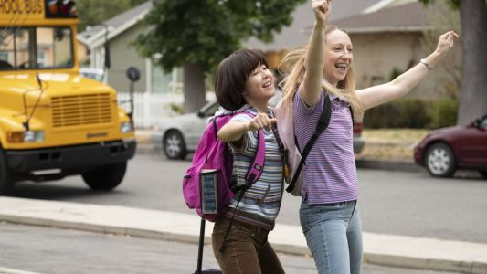 'PEN15' Season Two Costumes Will Include Even More Early 2000s-Era Nostalgia